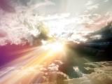 raggi-di-sole-tra-le-nuvole1